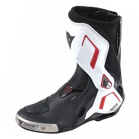 Sportovní moto boty Dainese TORQUE D1 OUT černá bílá červená (lava ... ede7e23c03