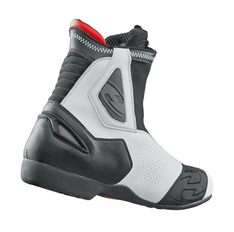 Sportovní kotníkové moto boty SHORT LAP vel.47 bílá černá 69cd080a24